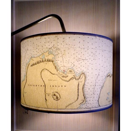 Suspension en carte marine ancienne